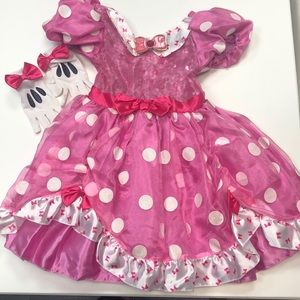 Minnie Mouse Costume and gloves